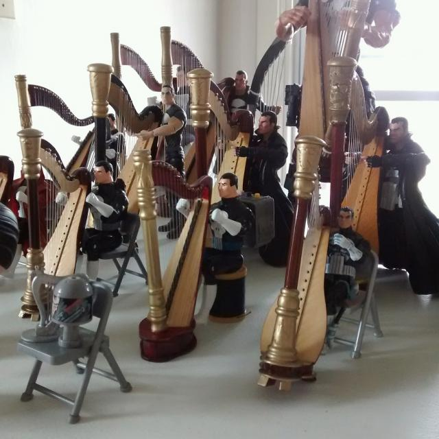 First detailed image of the grand harp ensemble.